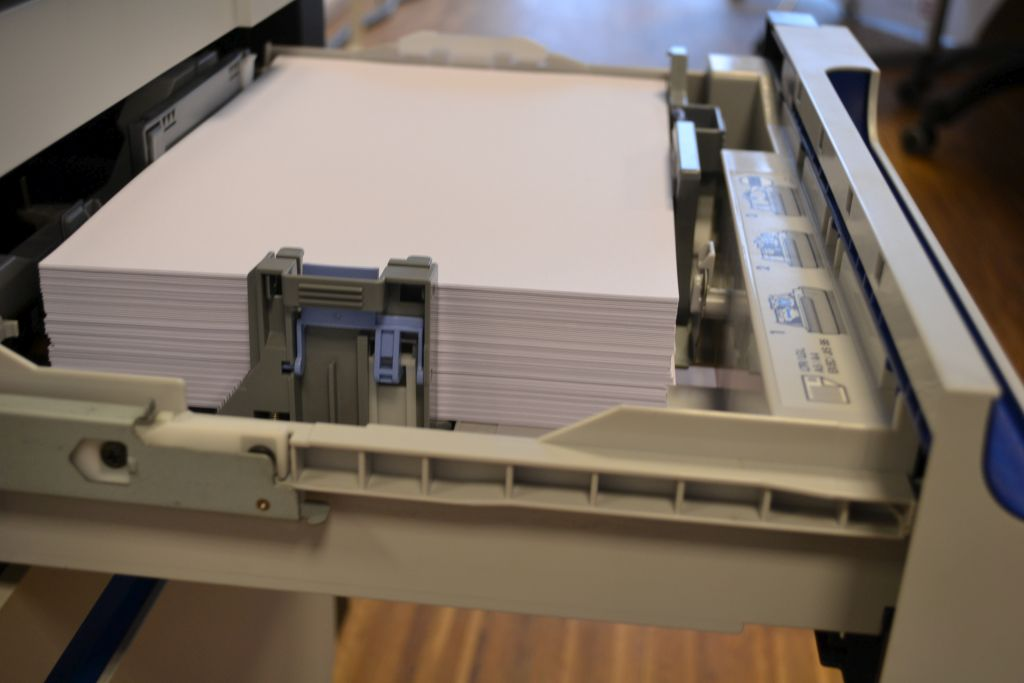 Recyclingpapier verwenden - Recycling im Unternehmen (c) Resorti