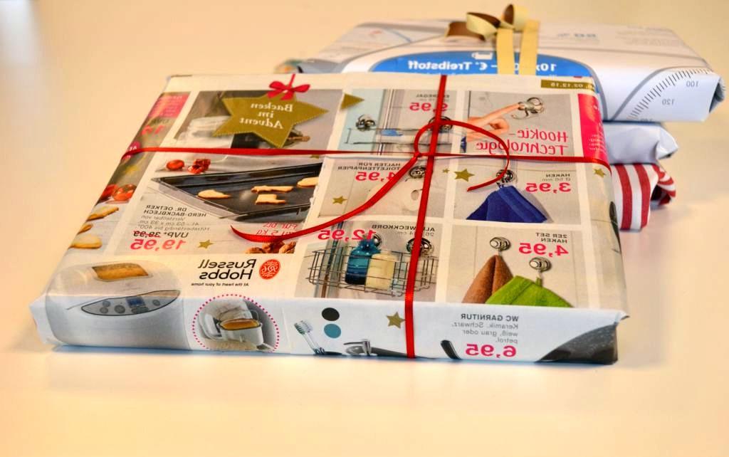 Geschenkverpackung aus Zeitungen - RESORTI Blog
