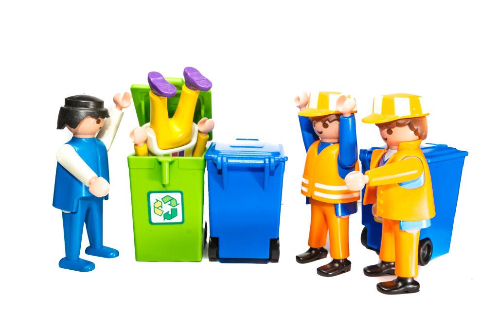 7 kuriose Unfälle und Aktionen mit Mülltonnen - RESORTI-Blog 1