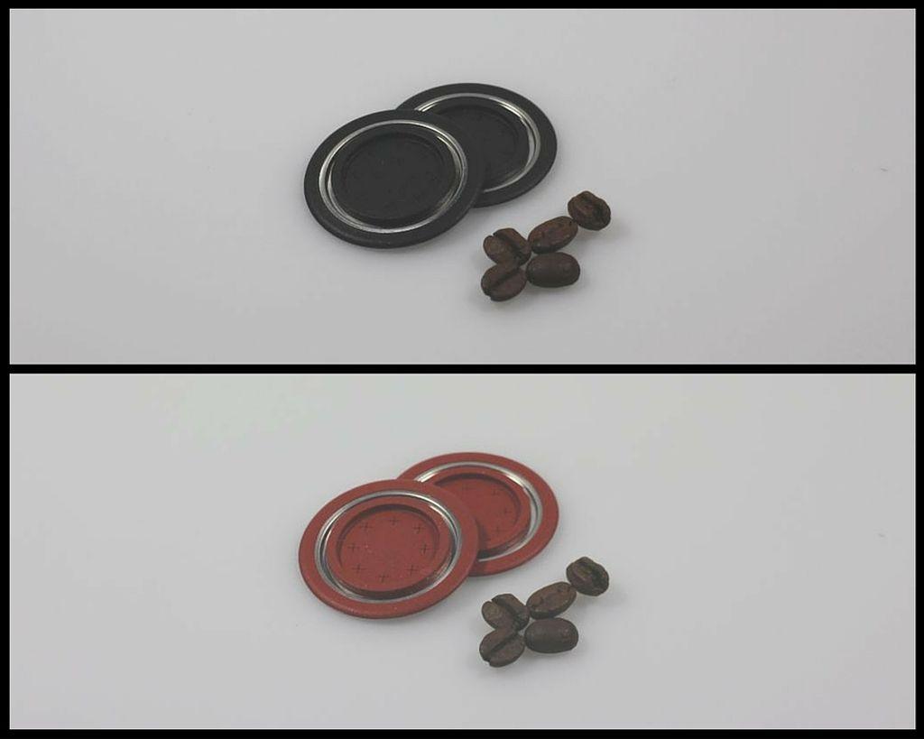 Die Kapseldeckel gibt es in zwei verschiedenen Farben