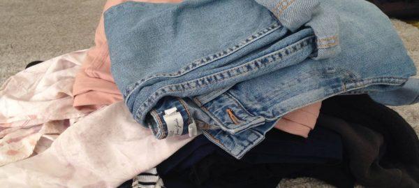 Altkleiderentsorgung – wohin mit alten Textilien und Schuhen?