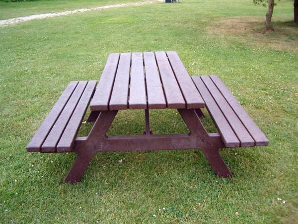 Bank Mit Tisch bank tisch kombination emba aus kunststoff