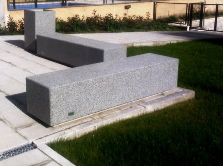 beton parkbank kube. Black Bedroom Furniture Sets. Home Design Ideas